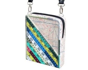 Small zip crossbody bag using measuring tapes, FREE SHIPPING, sustainable gift for women, vegan bag, upcycling, green product knitter sewer