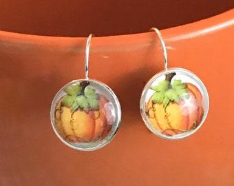 Pumpkin glass cabochon earrings - 16mm