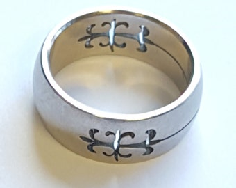Stainless Steel Band~Etched Metal Band~Cut Out Metal~Wedding Band~Stainless Dome Cutout Ring~Fleur de Lis~Ladies Sz 6.5-7~JewelsandMetals