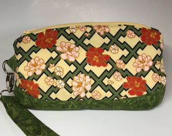 The Clematis Wristlet Pouch Floral Grid Phone Makeup Bag