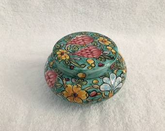 Italian Round Jewelry Trinket Box Made by Giovani Magnanelli Gubbio 1967 Hand Painted