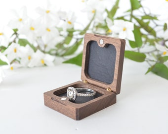 Walnut - Flat Ring Box