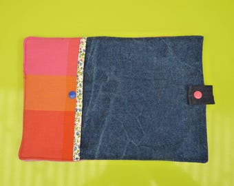 Cover tablet or slate school 280 mm x 190 mm, padded, recycled denim and bright pink madras