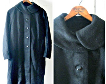 Vintage 1960s plus size black mohair coat // large, extra large 12 14 16 glamorous peter pan collar midcentury retro formal 1960