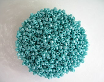 10g seed beads Toho turquoise mother of Pearl 8/0 (3mm)