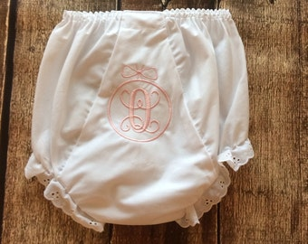 Bow diaper cover