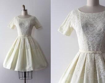 vintage 1950s L'Aiglon dress // 50s yellow lace dress