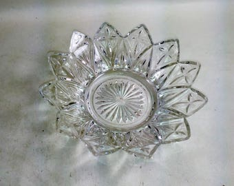 """Flower Petal Glass Dish 5.5"""" Wide/Versatile Formal Or Every Day Decor/Great Used Condition (H)"""