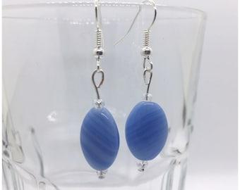 Periwinkle Blue Dangle Earring, Lavender Blue Czech Glass Earring, Blue Beaded Dangle Earring, Blue Earrings, Periwinkle Earrings