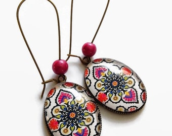 earrings, Bohemian slave, Russian pattern Polish Green fuchsia flowers, glass cabochons