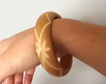 toffee cut out bakelite bracelet | bangle bracelet | 40s bakelite bracelet