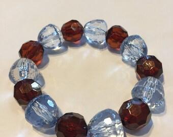 Handmade brown acrylic beads bracelet