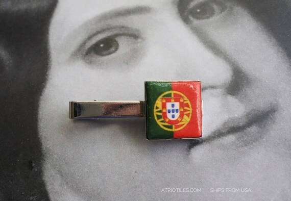 TIE BaR CLIP Portugal Flag  - Lisboa  - Gift Box Included  Father's Day  Gift for Him MeN - Ships from USA