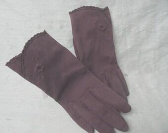Brown cotton wrist length gloves / vintage short brown gloves / 6  1/2   German, J L Hudson