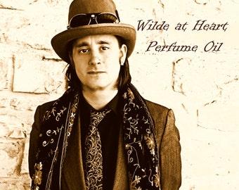Wilde at Heart Perfume Oil - Cappuccino, Myrrh, Candied Pecans, Blood Orange, Vanilla Bean - Oscar Wilde