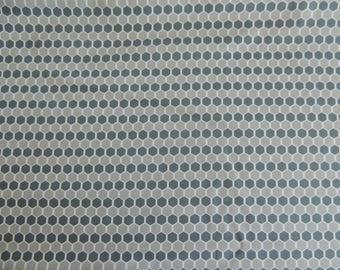 Windham Fabrics gray honeycomb pattern cotton fabric coupon