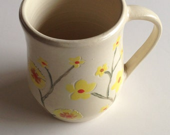 Item 260 Yellow Flower Mug