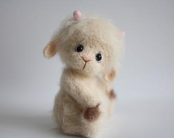 Stuffed lamb Amigurumi lamb Crochet sheep Lamb toy Nursery decor Baby soft toy Amigurumi animals Baby girl nursery,Knitted lamb,Sheep toy