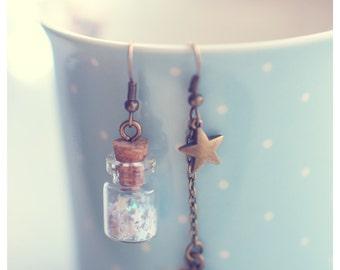 Glass bottle earrings. CUSTOM COLOUR. Glass vial earrings. Star earrings. Glitter stars jewelry. miniature bottle jewelry , gift for women