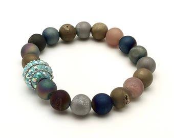 Multicolor Agate Druzy Bohochic Beaded Bracelet, Sparkle Focal for Her Under 70, Stretch Partner Colorful