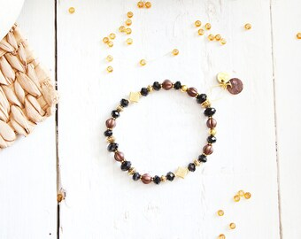 Bracelet Nepthys, orange, red, cream, brown and golden beads, shell plate round charm, ancient egypt inspiration, for women