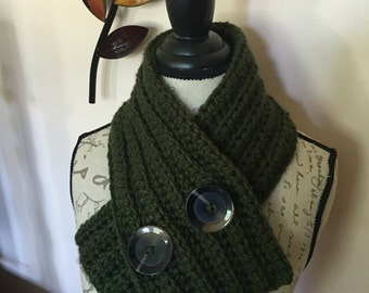 Crochet cowl with large buttons, Ribbed neck warm Chunky Crochet Cowl, Ribbed Chunky Cowl, Ribbed Chunky Crochet Cowl