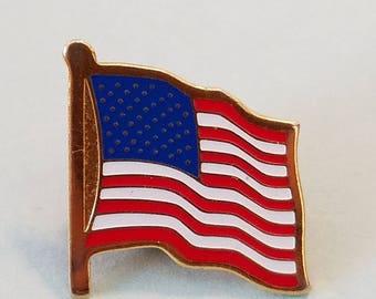 Vintage American Flag Pin, American Flag, American Flag lapel pin, American flag hat pin, lapel pins, lapel pin, hat pins, hat pin