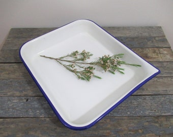 White Enamelware Tray, Enamel Photo Developing Pan, White and Blue Enamel Dish, Vintage Developing Tray, Vintage Photography Equipment