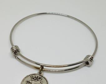 Expandable zodiac charm bracelet