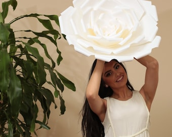 """X-Large, giant paper flower, large paper flower, big paper flower for any occasion """"ARIANA"""""""