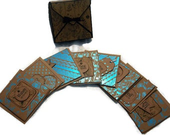 Box of cards – blue and black
