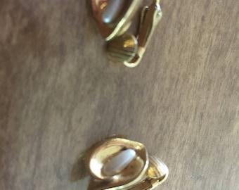 Golden tone jewelry