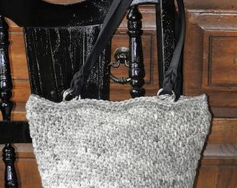 Sandy purse