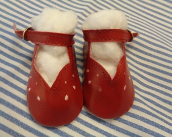 """Classy Style Red Leather Doll Shoes  Vintage Doll Shoes  SIZE 3- Fits Apple valley Dolls 22"""""""