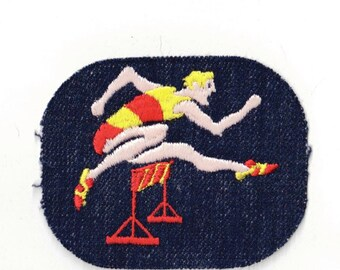 Runner  - Vintage Sewing Patch Applique 1970's