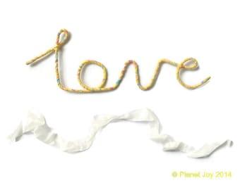Fil « amour » enveloppé en tissu Liberty of London