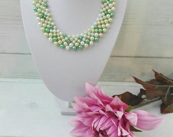 Green beaded pearls, pearl necklace, bridal green necklace, natural wedding, multi strand necklace, pearl jewellery
