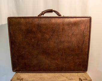Vintage 1950s Hartmann Genuine Leather Suitcase Luggage Antique with Paisley Interior