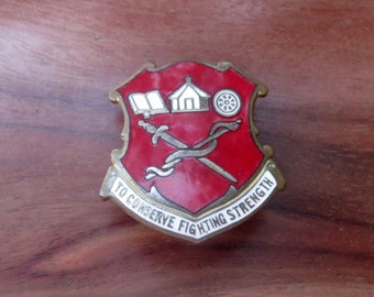 VINTAGE US Military DI Crest To Conserve Fighting Strength Vintage Pin