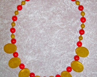 Pineapple Disc and Cherry Bakelite Bead Necklace