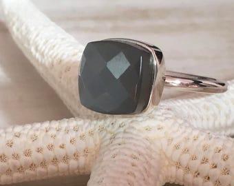 Ring PLETO - Grey Moon Stone (grey)
