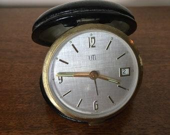 USE round 1950 travel alarm clock s