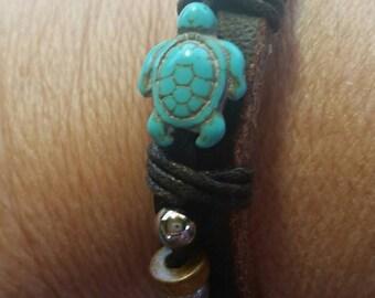 Turtle leather bracelet, turquoise, adjustable