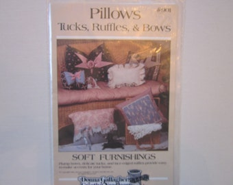 Pillows,Tucks,Ruffles & bows, Donna Gallagher #901 pattern,vintage