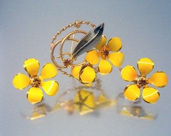Summer Yellow Enamel Brooch Pin Earrings Set Rhinestone Vintage