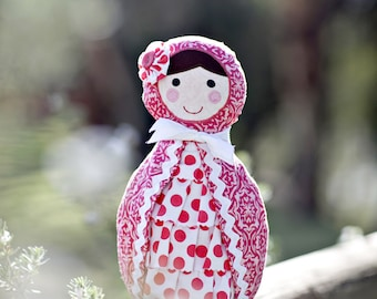 Babushka Doll Pattern. PDF Sewing Pattern. Home Decor, Doorstop, Book Ends, How to Make Russian Matryoshka Dolls. DIY by Angel Lea Designs