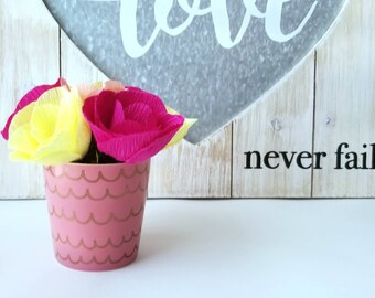Mini paper flower arrangement