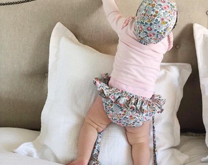 ROSA FRILL BLOOMERS - Diaper cover / Nappy cover Constructed from Liberty Art Cotton Tana Lawn