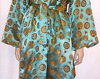 Luxurious Mint Green and Gold Chinese Lounging Ensemble, 1960's Vintage