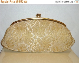 50% OFF Really Beautiful Estate Gold Brocade Frame Clutch